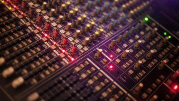 stúdiótechnika és kapcsolódó szolgáltatások